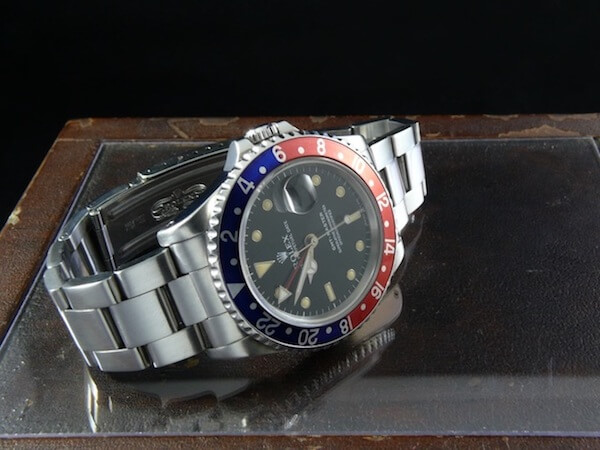 ロレックスサブマリーナの腕時計